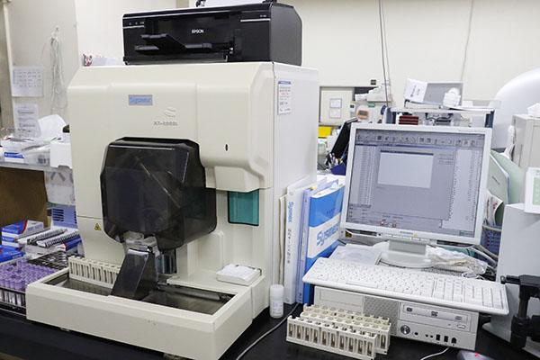 多項目自動血球分析装置 XT-2000i(Sysmex)